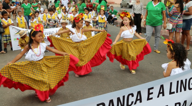 AfroMundi colabora com a Escolhinha para embelezar dia 07 de setembro, transformando a cultura militar em dança
